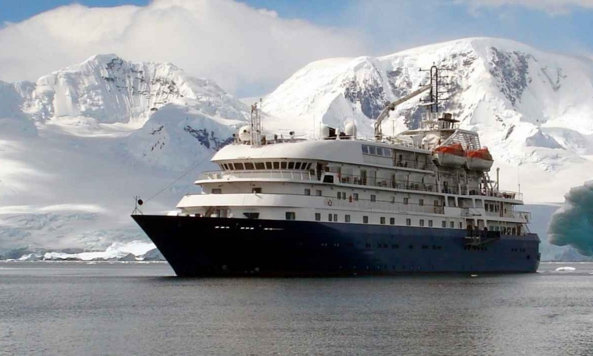 hebridean sky antarctic cruise ship reviews from swoop