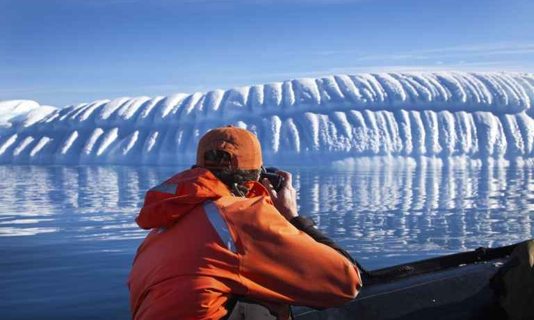 Fly & Cruise The Antarctic Circle