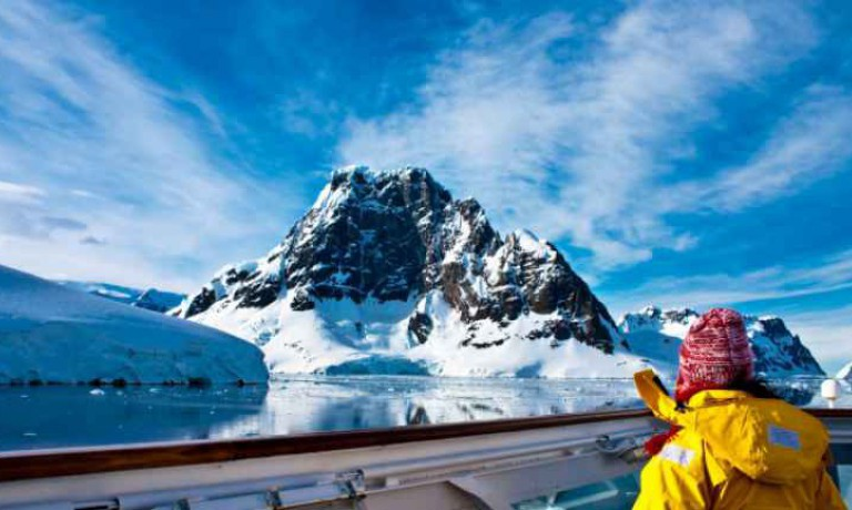 Fly and Cruise Polar Circle