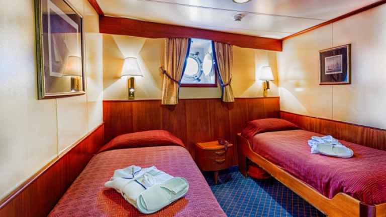 Sea Adventurer - Twin Porthole Cabins